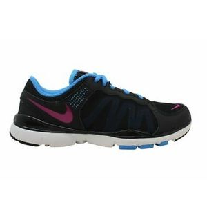 Nike Woman's Flex 2 Low Top Lace Up Sneakers
